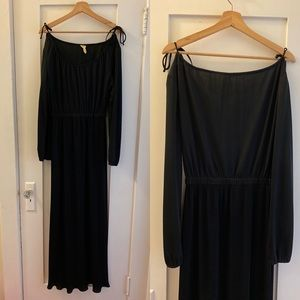 Black polyester gown